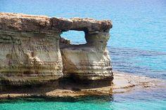 Sea Caves Window-Zypern