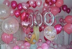"""👛 What girl doesn't love a room filled with pink balloons!? 🎀 A special custom order for the…"""""""