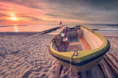 Fischerboot am Strand (Ahrenshoop / Darß), Ahrenshoop, Boot, Buhne, Fischland, Küste, Ostsee, Sonnenuntergang, Strand, Wellenbrecher