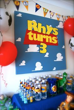 Lisa's Busy Little Life: toy story party