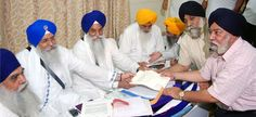 Opposition to Sikh genocide 1984 memorial: Sarna asked to withdraw petition and do Sewa - http://www.sikhsiyasat.net/2013/07/26/opposition-to-sikh-genocide-1984-memorial-sarna-asked-to-withdraw-petition-and-do-sewa/