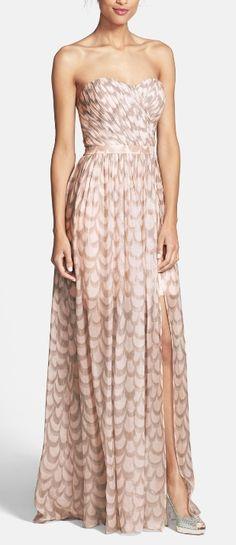 Enchanting chiffon gown http://rstyle.me/n/s3fwpn2bn