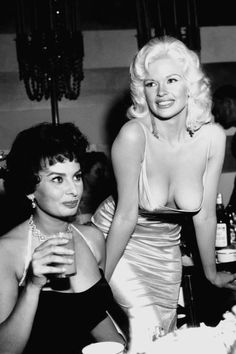 "photosofthehistoryandwithhstory: "" Sophia Loren and Jayne Mansfield in Beverly Hills in In terms old Hollywood, it is unlikely that there could have been any photograph with more star power in it than this one below. Both famous actresses,. Old Hollywood, Hollywood Glamour, Hollywood Stars, Hollywood Party, Jayne Mansfield, Sophia Loren, Colorized Historical Photos, Colorized History, Actrices Sexy"