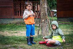 Juegos de niños en el #CampingVerneda #ValdAran #Pirineos #campingwithkids