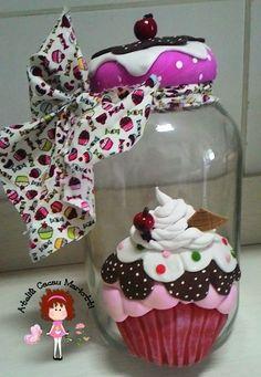 POTE GRANDE COM CAPACIDADE 3000 MLs Polymer Clay Ornaments, Polymer Clay Crafts, Jar Crafts, Diy And Crafts, Cupcake Boutique, Clay Jar, Kitchen Jars, Meals In A Jar, General Crafts