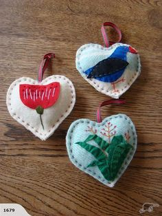 Kiwiana Vintage Hearts for sale on Trade Me, New Zealand's auction and classifieds website Felt Christmas Decorations, Felt Christmas Ornaments, Diy Ornaments, Holiday Decor, Summer Christmas, Christmas Crafts, Christmas Ideas, Merry Christmas, Recycled Blankets