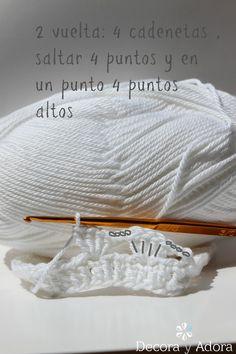 decora y adora Boho Crochet, Crochet Home, Mug Cozy, Diy And Crafts, Pattern, Ideas Sencillas, Minis, Jars, Baby Dolls