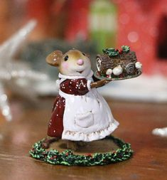 One of the favorite Christmas traditions of the year. Sculpted by Willy. Noel Christmas, Outdoor Christmas, All Things Christmas, Vintage Christmas, Christmas Crafts, Christmas Decorations, Christmas Ornaments, Holiday Decor, Christmas Ideas