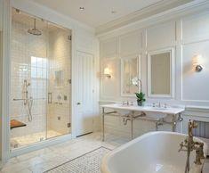 Master Bathroom Vanity, Master Bathroom Layout, Modern Master Bathroom, Bathroom Faucets, Carrara Marble Bathroom, White Marble Bathrooms, Vanity Design, Bathroom Interior, Bathroom Ideas