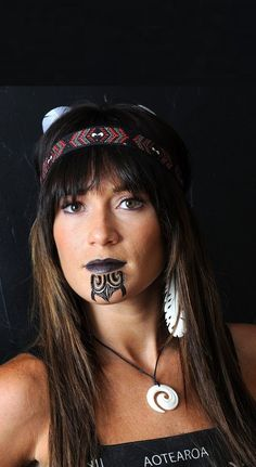 maori tattoos dainty drawings for women . Maori Tattoos, Maori Face Tattoo, Tatoos, Sioux, Maori People, Facial Tattoos, Maori Tattoo Designs, Tattoo Bracelet, Maori Art