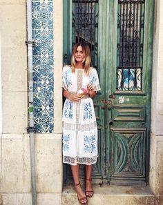 Beautiful dress, blue on white!
