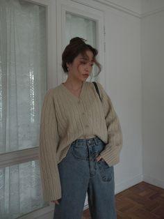 Asymmetric Pocket Loose Jeans - Top 10 Best Korean Hair Salon in Gardena, CA - Last Updated . K Fashion, Denim Fashion, Asian Fashion, Fashion Outfits, Korea Fashion, Fashion Tips, Mode Outfits, Korean Outfits, Fall Outfits