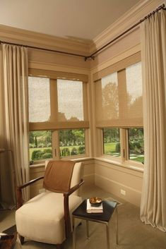 New living room modern curtains window treatments ideas Bedroom Blinds, Bedroom Windows, Blinds For Windows, Curtains With Blinds, Window Blinds, Hang Curtains, Curtains Living, House Windows, Roman Blinds