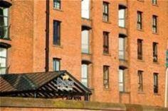 Holiday Inn Express Liverpool Albert Dock - http://travel-e-store.com/holiday-inn-express-liverpool-albert-dock/
