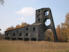Abandoned in Muddy, Illinois. The only existing mine tipple made of concrete.