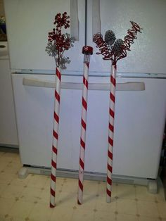 Marshall ~ Candy Cane decorations to line the drive way. We rock! Candy Land Christmas, Christmas Home, Christmas Holidays, Candy Cane Decorations, Christmas Decorations For The Home, Yule Crafts, Holiday Crafts, Jennifer Marshall, We Rock