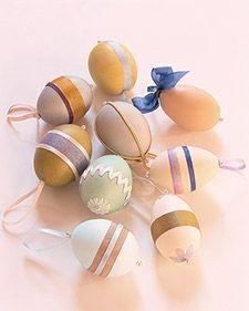 Egg Ornaments - Martha Stewart Holiday & Seasonal Crafts Tutorial: http://www.marthastewart.com/268299/egg-ornaments?czone=holiday/easter-center/easter-crafts-and-decor=276968=274530=268299#
