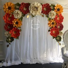 """Shirley L. Arias-Rengifo on Instagram: """"Fall colors for my Bride to be! This bridal shower was perfect and how about that view ! Swipe ➡️ Again what would I be without the amazing…"""" Sunflower Wedding Decorations, Wedding Hall Decorations, Girl Birthday Decorations, Gender Reveal Party Decorations, Bridal Shower Decorations, Paper Flower Patterns, Paper Flowers Craft, Paper Flower Backdrop, Paper Flower Tutorial"""