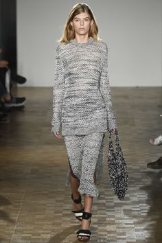 Pringle of Scotland Spring 2016 Ready-to-Wear Fashion Show--A long sweater with a matching skirt looks great on most anyone.