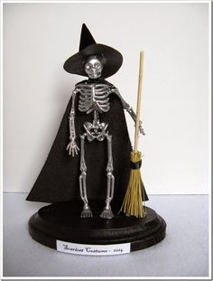 It's only two days to Halloween! Which means we better be finishing up our Halloween party decorations and prizes. Halloween Office, Halloween Porch, Halloween Food For Party, Halloween Projects, Diy Halloween Decorations, Halloween 2020, Halloween Stuff, Halloween Kids, Halloween Trophies