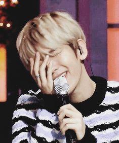 baekhyun, chanyeol, chen, cool, cute, exo, exo k, exo m, fashion, gif, kai, kris, kyungsoo, lay, luhan, sehun, style, suho, tao, xiumin, xoxo, chanbaek, exo l
