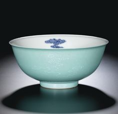 A turquoise-ground blue and white bowl, seal mark and period of Daoguang Ceramic Bowls, Ceramic Pottery, Clay Bowl, Chinese Ceramics, Kintsugi, Pottery Designs, Antique China, Fine Porcelain, Chinese Art