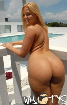 Naked Blonde Pawg Whooty Milf Pool Side