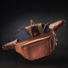 Lederen fanny pack door Kruk Garage Hip tas Cognac bruin
