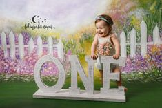 Ședințe foto aniversare - Smash the cake - Ședințe foto aniversare bebe Toy Chest, Studio, Toys, Frame, Home Decor, Bebe, Activity Toys, Picture Frame, Decoration Home