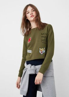 Discover the latest trends in Mango fashion, footwear and accessories. Shop the best outfits for this season at our online store. Cropped Pullover, Cropped Sweater, Sweat Shirt, Dms Boutique, Moda Mango, Pull Court, Mango France, Athleisure Fashion, Outfit Designer