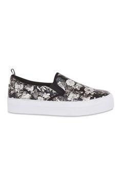Zapatillas con plataforma y estampado floral negras