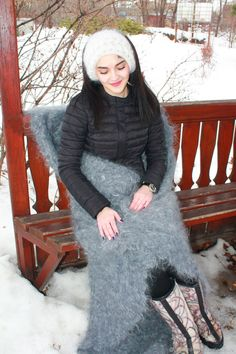 Gros Pull Mohair, Extreme Knitting, Cuddling, Goth, Lingerie, Blankets, Fashion, Fall Outfits, Plushies