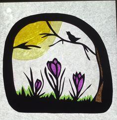 Transparant krokussen voorjaar.  Ontwerp Sanne de Jong Paper Art, Paper Crafts, Waldorf Crafts, Star Pictures, Window Art, Star Art, Xmas Ornaments, Spring Crafts, Diy Art