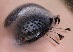 gray eyeshadow + fake lashes