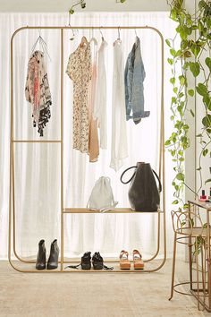 closet hang ups.
