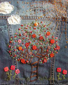 Embroidered denim jacket We all had our jeans embroidered back in the & and anything else too Ribbon Embroidery, Embroidery Art, Cross Stitch Embroidery, Embroidery Patterns, Simple Embroidery, Machine Embroidery, Embroidered Denim Jacket, Embroidered Clothes, Artisanats Denim