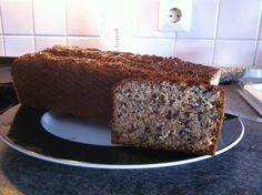"""Eiweißbrot - eine leckere und Low Carb Variante zum """"normalen"""" Brot Low Carb Desserts, Low Carb Recipes, Cooking Recipes, Healthy Recipes, Low Carb Breakfast, Bakery, Clean Eating, Good Food, Food Porn"""