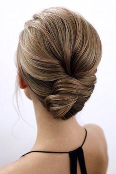 Low Twisted Bun ❤ #lovehairstyles #hair #hairstyles #haircuts Date Hairstyles, Prom Hairstyles For Long Hair, Graduation Hairstyles, Bun Hairstyles For Long Hair, Step By Step Hairstyles, Holiday Hairstyles, 2015 Hairstyles, Homecoming Hairstyles, Hairstyle Ideas
