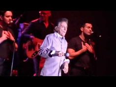 FRANKIE VALLI - Dawn / Save It For Me / Tell It To The Rain (NY 7-30-2009) - 1/6