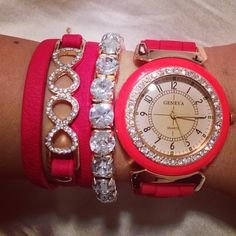 This would give me some great color in the winter. just a pop of arm candy..