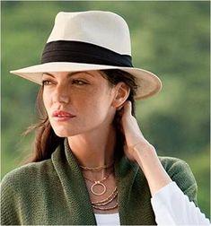 The real deal. Fino Clasico Montecristi Panama Hat.  sunhatsforwomenpanama  Cappello Da Donna Fedora 940e67a1c1ac