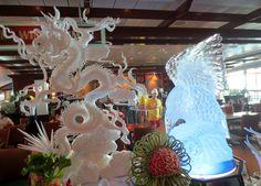 Seas, Snow Globes, Crown, Home Decor, Corona, Decoration Home, Room Decor, Interior Design, Home Interiors