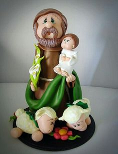 Sao José Do It Yourself Projects, Religious Art, Mini, Biscuits, Polymer Clay, Arts And Crafts, Dolls, Christmas Ornaments, Holiday Decor