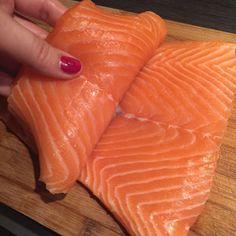 Gevulde zalmfilet uit de oven – Samen Bourgondisch Food And Drink, Fish, Meat, Ethnic Recipes, Wordpress, Salads, Seeds