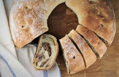 Sicilian Sausage Bread, or Bignolati as it is referred to in the province of Agrigento, Sicily is a savoury bread appetizer served during the holidays. Sausage Appetizers, Bread Appetizers, Greek Recipes, Italian Recipes, Italian Meals, Pretzel Cheese, Sausage Bread, Italian Cheese, Bread Rolls