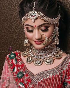 23 Trendy Indian Bridal Nose Ring Make Up Bridal Makeup Images, Bridal Eye Makeup, Bridal Makeup Looks, Bride Makeup, Bridal Looks, Bengali Bridal Makeup, Indian Bridal Photos, Indian Bridal Outfits, Indian Bridal Fashion