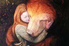 abbraccio orso e ragazza apprezzare le persone