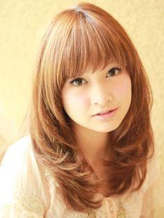 Possible hair style Japanese Haircut, Japanese Hairstyle, Cut Her Hair, Hair Cuts, Medium Hair Styles, Long Hair Styles, Inverted Bob, Great Hair, New Hair
