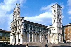 L'église San Michele in Foro, à Lucques Tocsane Italie