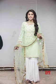 Eisha Singh enjoys doing shows with social messages - Social News XYZ